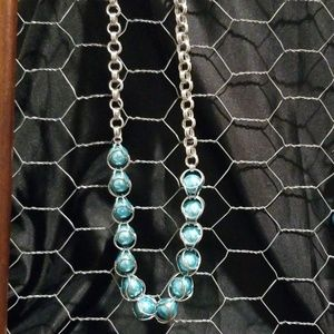 Beautiful women's captured bead chainmaille neckla